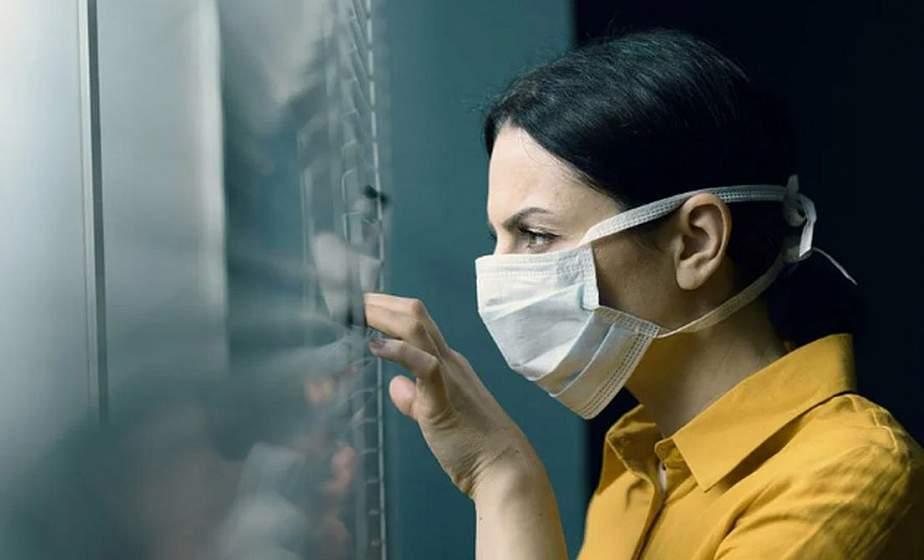 Ученые считают новую волну коронавируса опасной из-за совпадения с ОРВИ