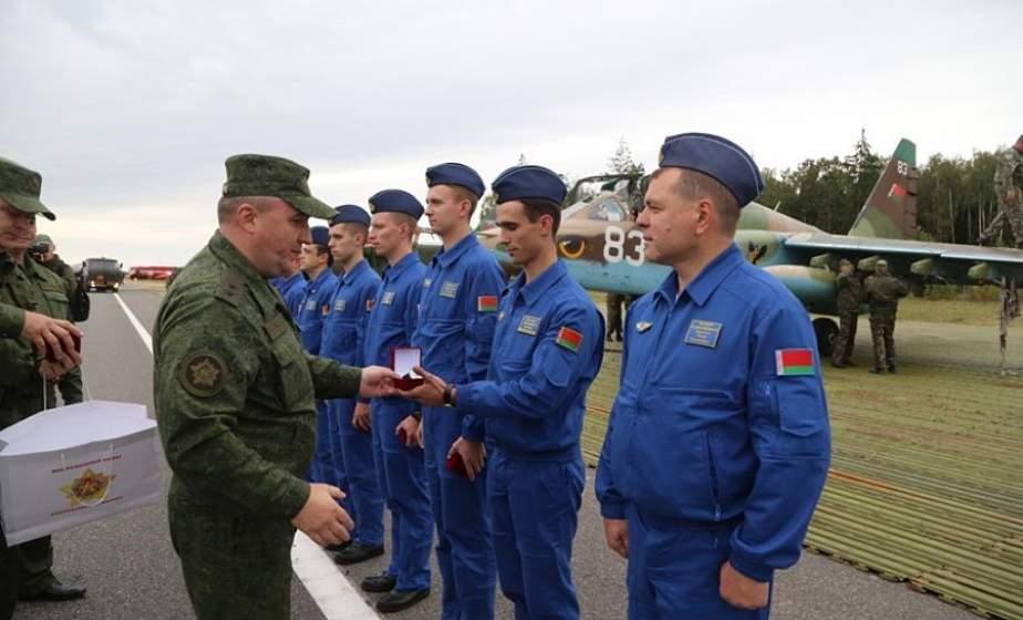 Громкие овации лидской авиации: 116-я ШАБ приняла участие в совместных специальных учениях
