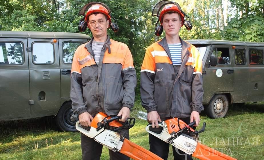 На базе Порозовского лесничества прошли соревнования вальщиков леса