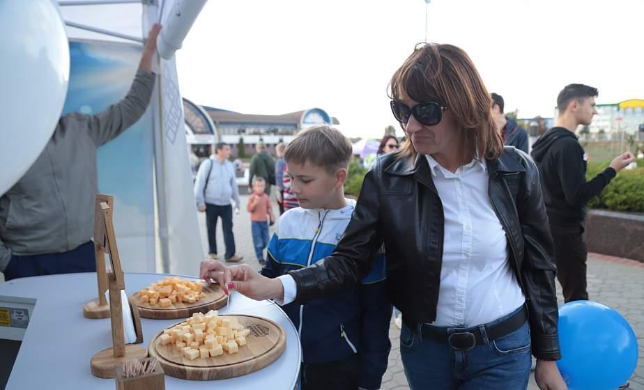 Народная дегустация на Фестивале сыра определила фаворитов вкуса
