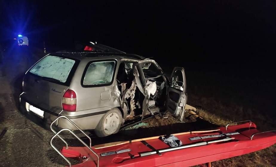 Подробности смертельного ДТП в Свислочском районе: работники МЧС спасли водителя и трех пассажиров