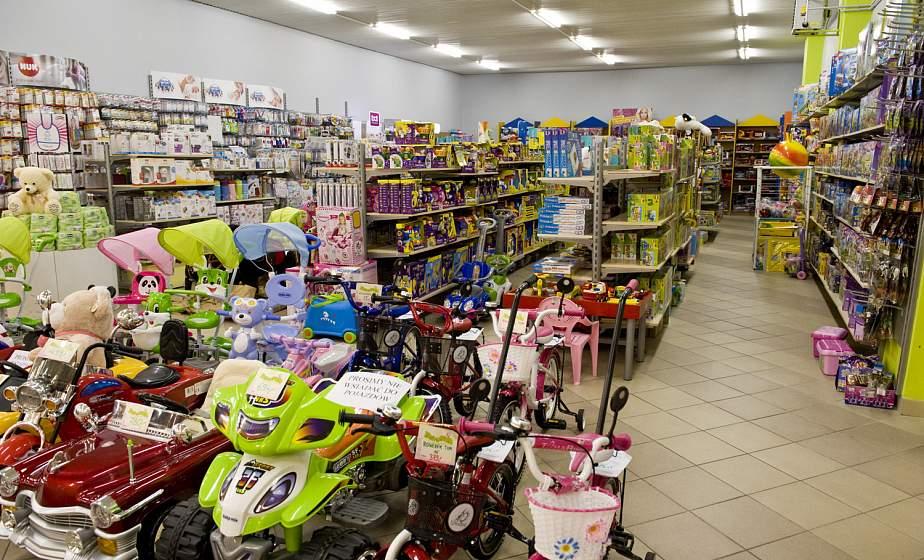В Лиде в продаже обнаружены опасные детские игрушки: одни с превышением фенола, другие – травмоопасные
