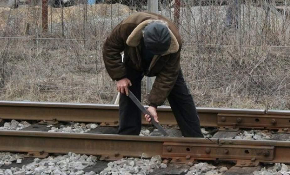 Крушение местного масштаба. Чем закончился демонтаж отцом и сыном с целью заработка рельс железнодорожного полотна одного из лидских предприятий