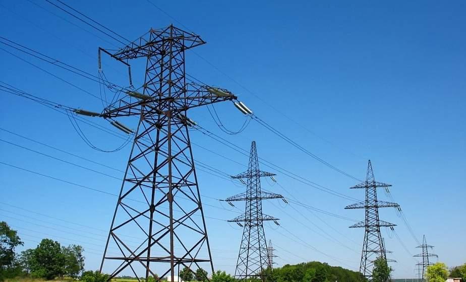 За высоковольтными линиями электропередач будут следить лесники и энергетики