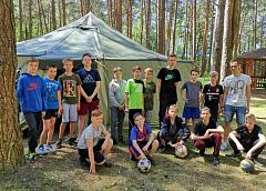 Второй год подряд ученики гродненской гимназии №5 проводят каникулы в палаточном лагере