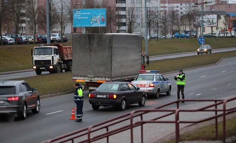 В Гродно на проспекте Клецкова сбили 16-летнюю девушку