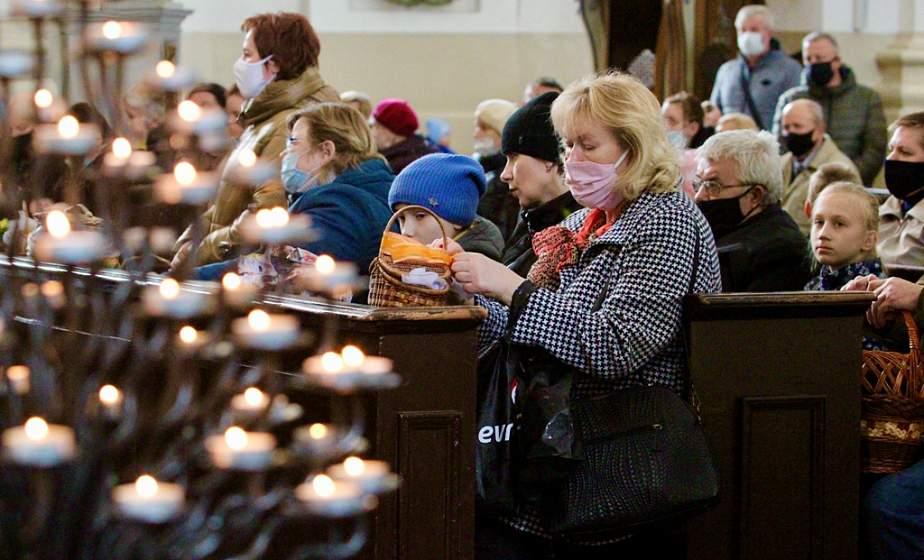 Великая Суббота: католики готовятся к празднованию Пасхи