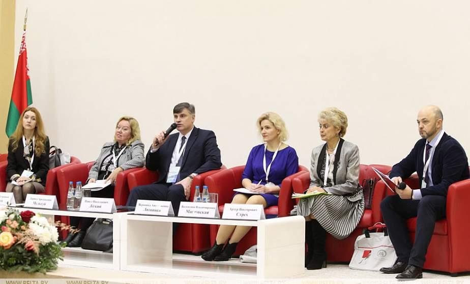 Мининформ предлагает создать в Беларуси ассоциацию руководителей региональной печати