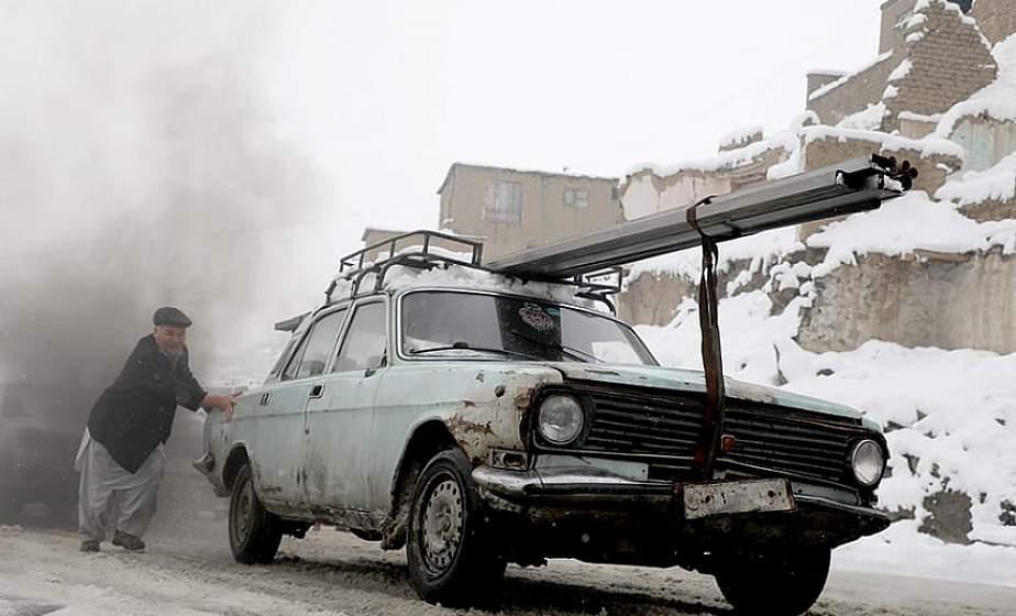 Из-за снегопадов и ливней в Афганистане погибли около 20 человек