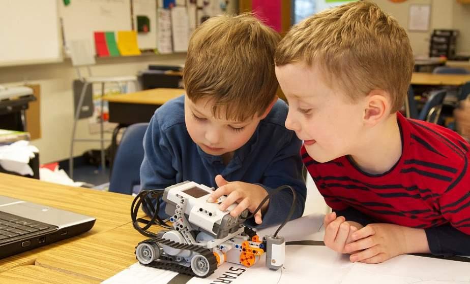 Автомодели, роботы и флористика. Топ-5 необычных кружков в Гродно