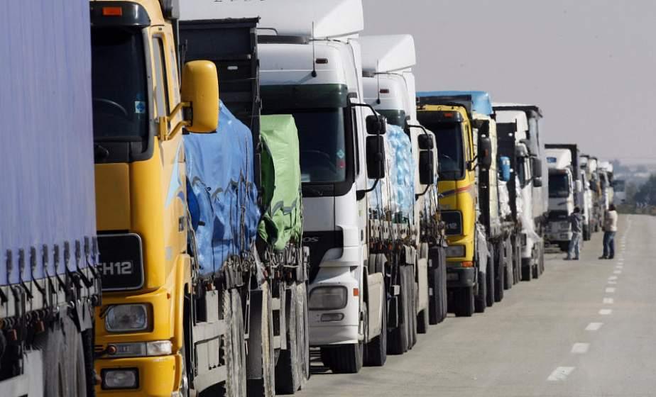 На границе очереди: около 900 фур ожидают выезда из Беларуси