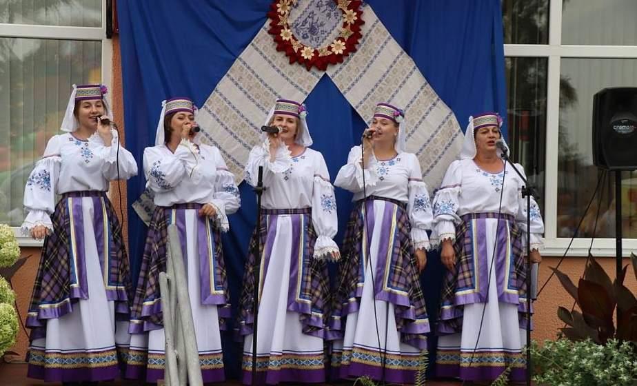 В Ивьевском районе состоялся фестиваль «Бакштовский колорит»