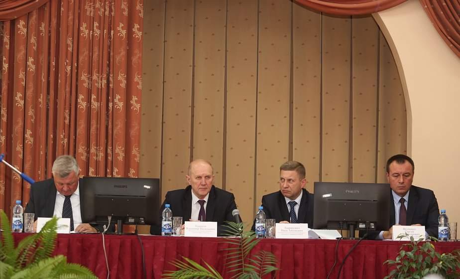 Динамика в надоях и реконструкция ферм. В Новогрудке обсудили отрасль животноводства области