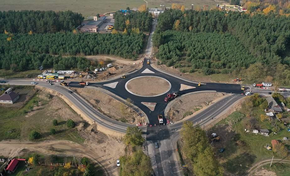 Кольцо с велодорожкой. Развязку около деревни Коробчицы Гродненского района готовят к сдаче в эксплуатацию (+видео)