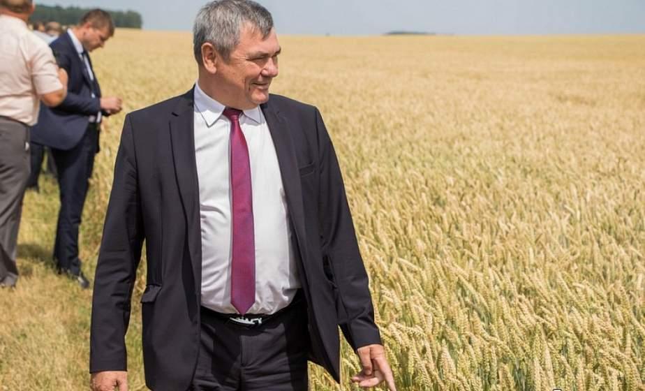 ФОТОФАКТ: Гродненский район установил рекорд по намолоту зерна нового урожая. В закромах более 200 тысяч тонн хлеба