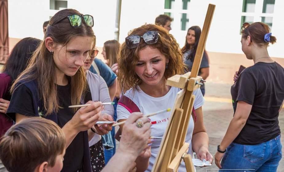 Барды, дэнс-движ и марафонский заплыв — Гродненская область запускает культурную акцию