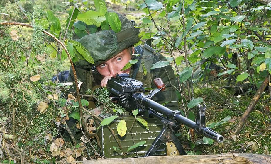 В День мотострелков на Гожском полигоне под Гродно стартовали масштабные тактические учения с военнослужащими из России