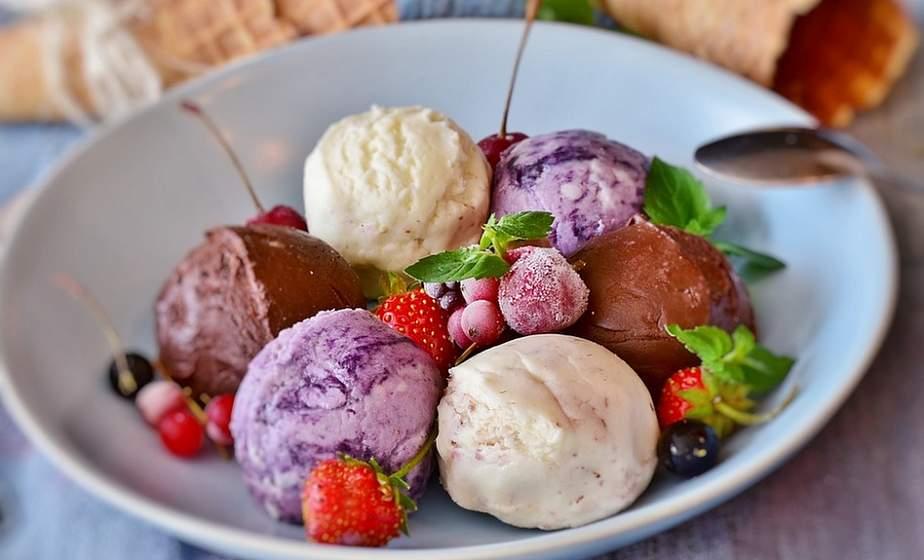 Морозные рецепты. Как дома сделать настоящий пломбир или фруктовый лед?