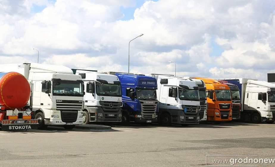 На дорогах Гродненской области порядка 30 стоянок для отдыха и питания водителей, заправки транспортных средств во время транзитных перевозок