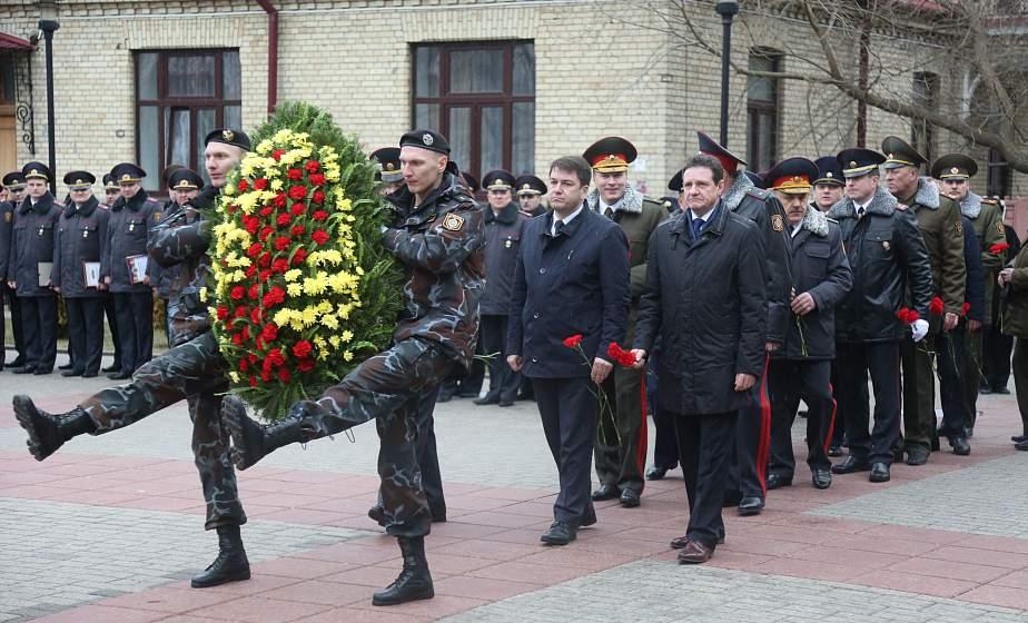 Служба закону, народу, Отечеству. Торжественный митинг, посвященный Дню белорусской милиции, прошел в Гродно