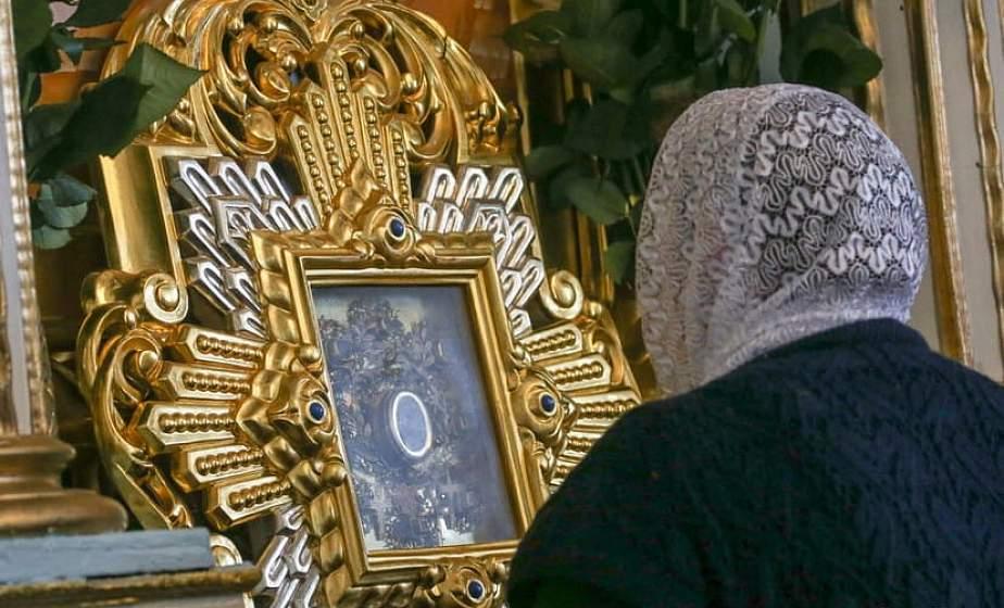 В Жировичский Свято-Успенский монастырь приезжают паломники из Австралии и США