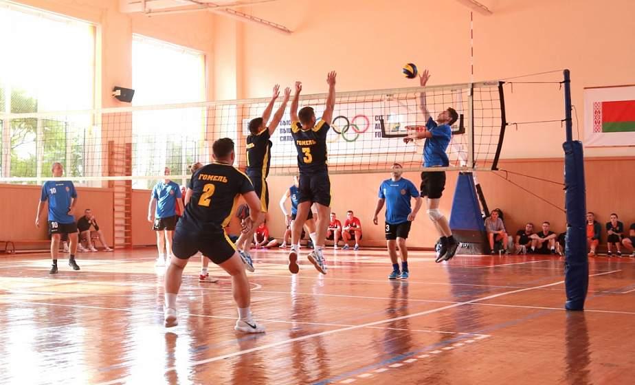 В Гродно проходит чемпионат по волейболу среди сотрудников комитета судебных экспертиз
