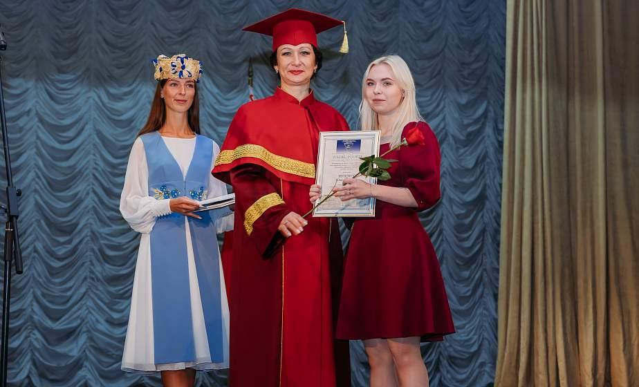 Новый мир – студенческая жизнь. Торжественная линейка, посвященная Дню знаний, прошла в ГрГУ имени Янки Купалы