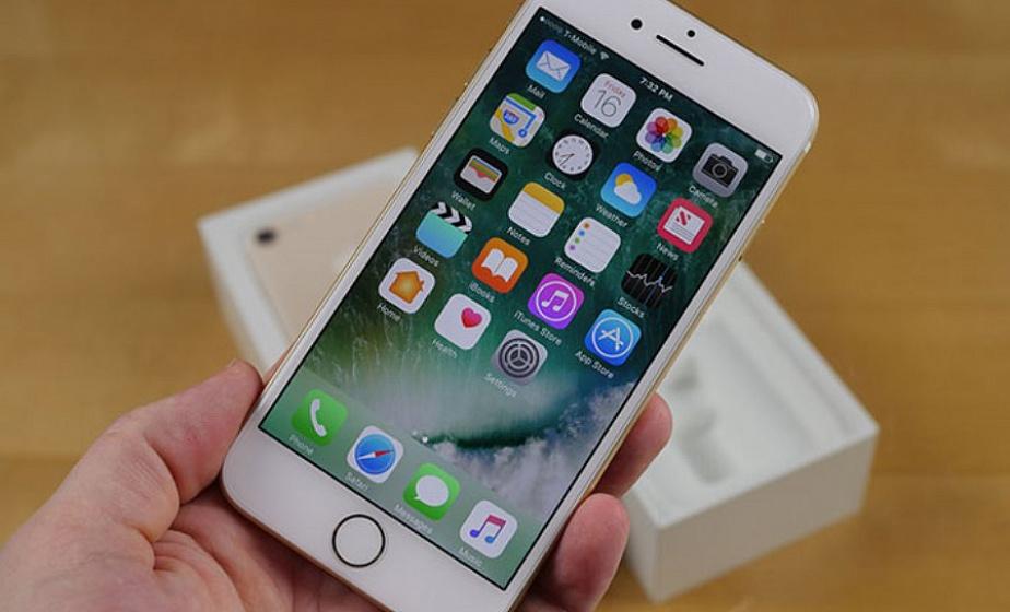 В Лиде продавец-консультант, работая в салоне мобильной связи, присвоила себе пять мобильных телефонов