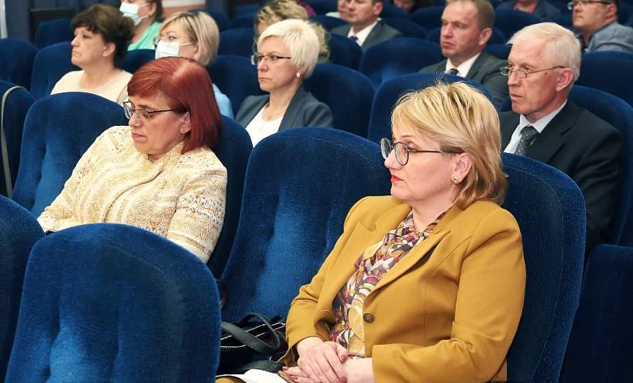Принятие новых законов и общественно-политическую ситуацию в стране обсудили участники форума идеологического актива области во время встречи с заместителем прокурора