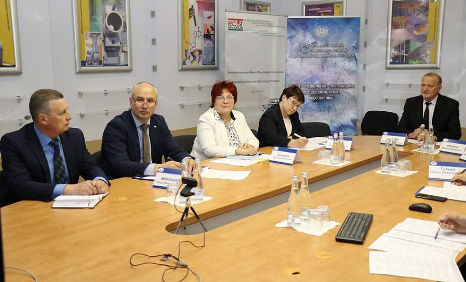Научный совет по коронавирусу сформируют при Международной ассоциации академий наук