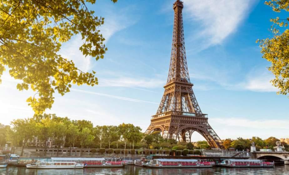 Эйфелева башня полностью открылась для туристов