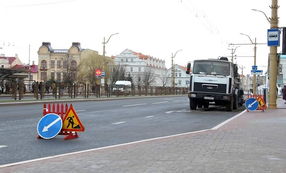 В Гродно приступили к ямочному ремонту магистральных улиц (+видео)