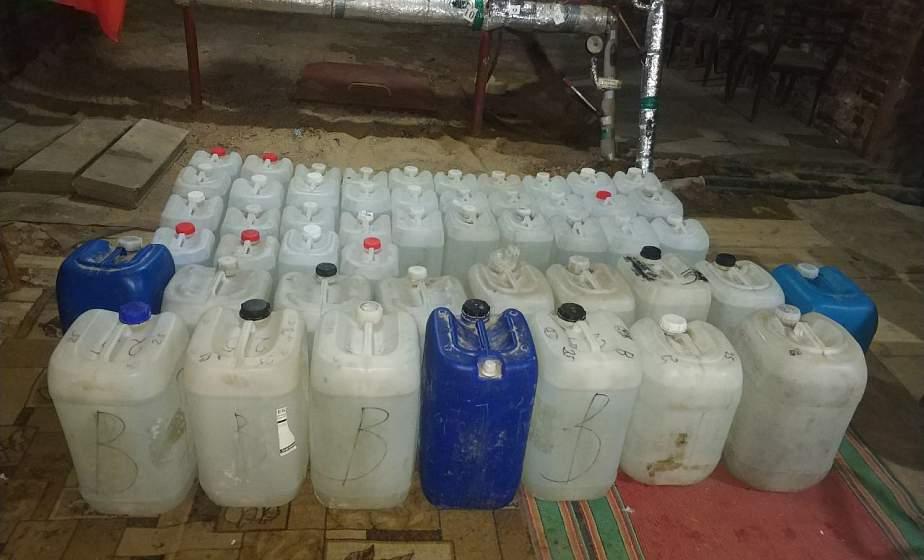 700 литров спиртосодержащей жидкости. В Ивьевском районе задержали контрабандиста
