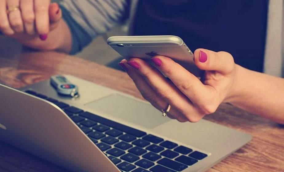 Минсвязи рекомендовало операторам рассмотреть возможность снижения абонплаты из-за проблем с интернетом