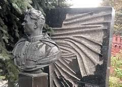 Дважды герой СССР в 38 лет и самый молодой командующий фронтом. История Ивана Черняховского