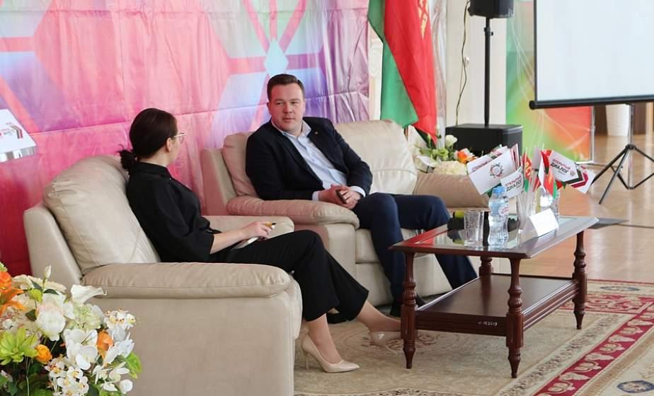 В Лиде прошел отрытый диалог «Беларусь: вчера, сегодня, завтра»