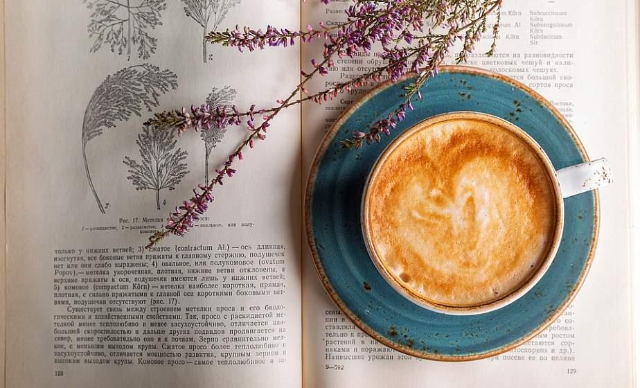 Кофе, недосып, диета и самолечение. Врач-терапевт о вредных привычках, которые влияют на качество жизни