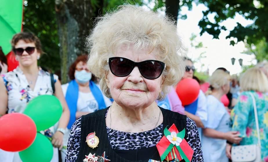 Я – человек, который знает цену жизни, всегда говорю: дети, молодежь, сохраните наше мирное небо, сберегите родную Беларусь
