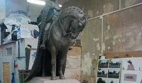 Трехтонный бронзовый памятник князю Гедымину установят у стен Лидского замка в сентябре