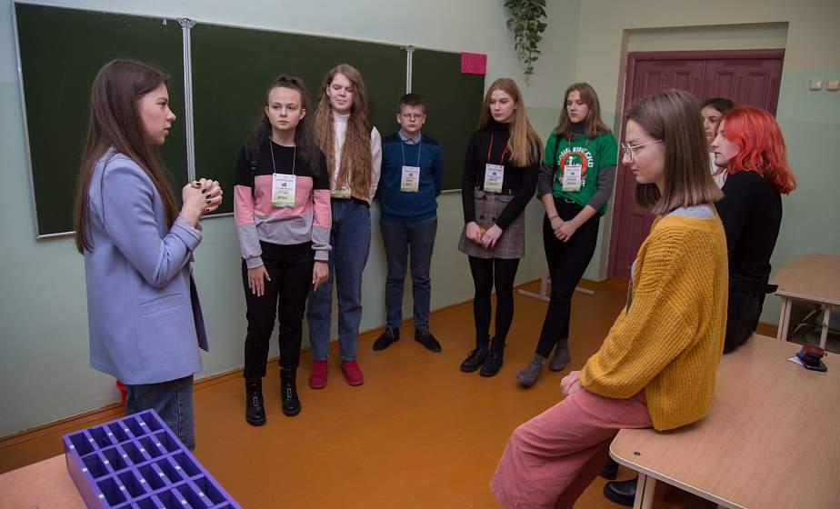 Около 200 участников из 23 клубов. В Гродно проходит ХХ-ый осенний фестиваль клубов ЮНЕСКО