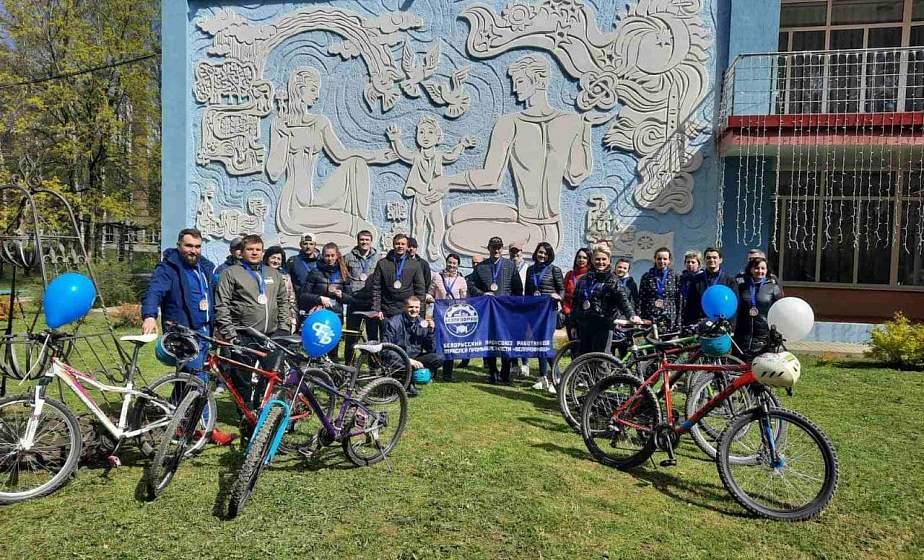 Помнить о героях. В Гродно прошел велопробег, посвященный Дню Великой Победы