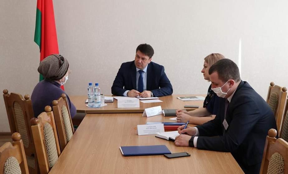 Заместитель председателя облисполкома Виктор Пранюк провёл прием граждан и пообщался с работниками сферы культуры района