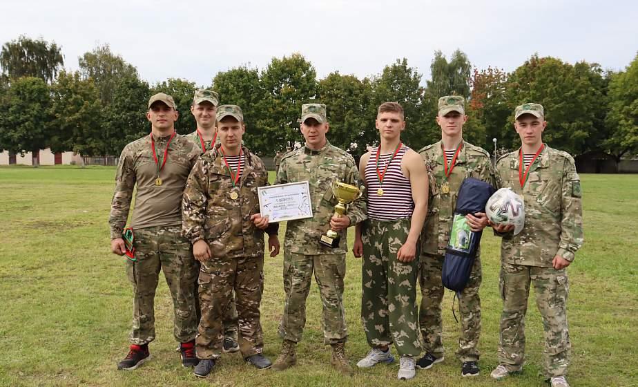 В Гродно прошли спортивные соревнования с участием военнослужащих и бойцов МООП