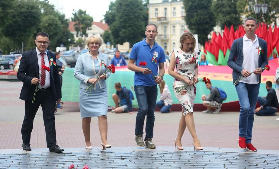 Открытый диалог, уважение к прошлому и инициатива молодых. Как прошел день на Гродненщине участников проекта «Поезд«#Беларусь. Моладзь. Натхненне»