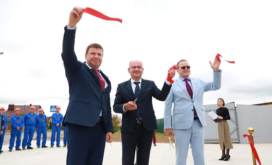 Памятный знак в честь закладки жилого комплекса «Погораны» установили в Гродно. Как будет выглядеть новый квартал таунхаусов?