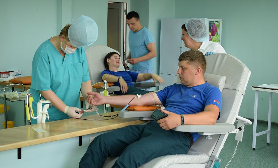 Безвозмездная кровь для всех: в Гродно прошёл Международный день донора