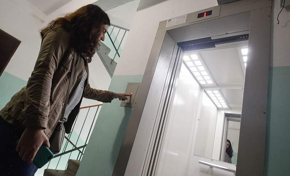 За техническое обслуживание лифта и уборку подъезда с 1 сентября будем платить по-новому