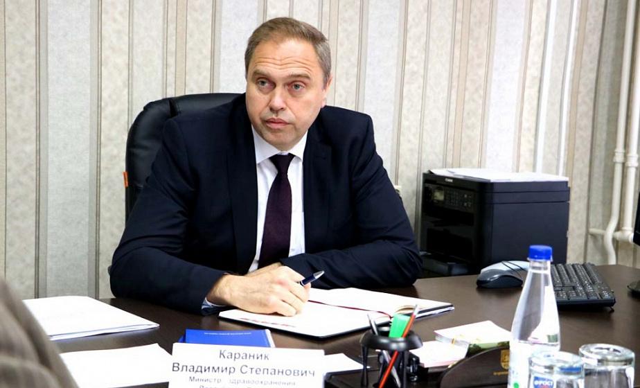 Министр здравоохранения провел прием граждан в Островце и рассказал про ввод новой больницы