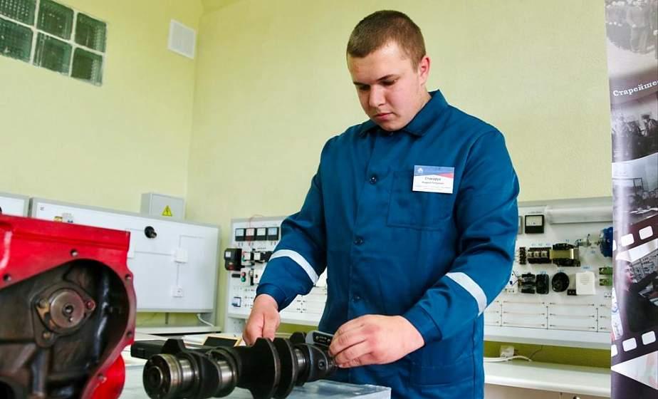 В Гродно проходит областной конкурс профессионального мастерства среди слесарей