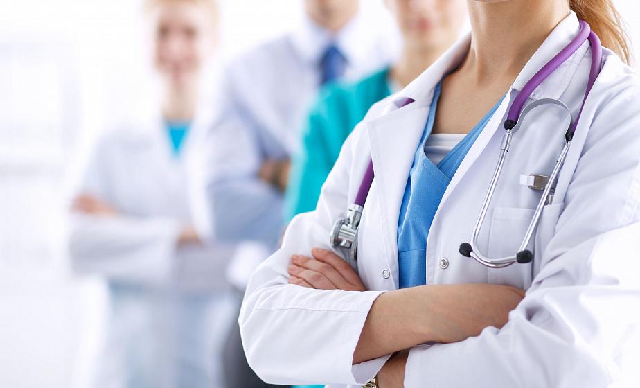 Зарплаты медиков планируется повысить на 20% в 2020 году - Владимир Караник